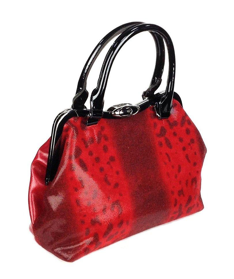 красная женская сумка с застежкой фермуар