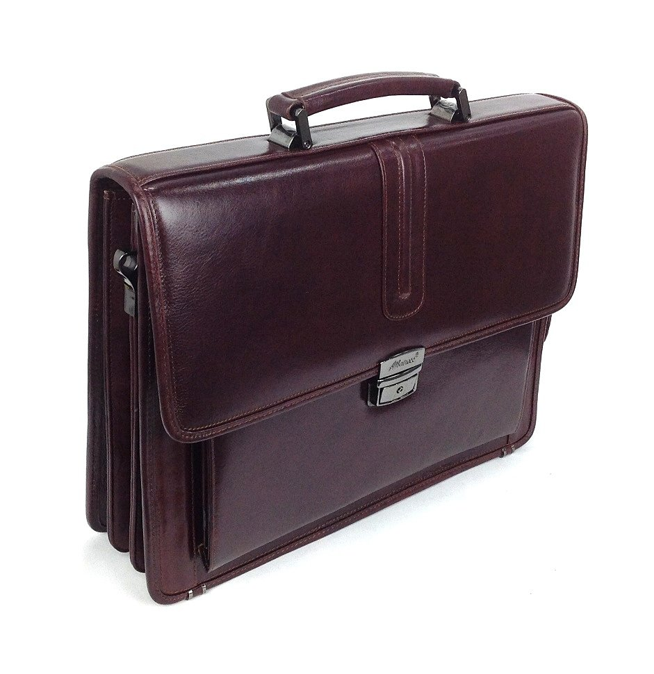 фотография мужского портфеля из натуральной кожи