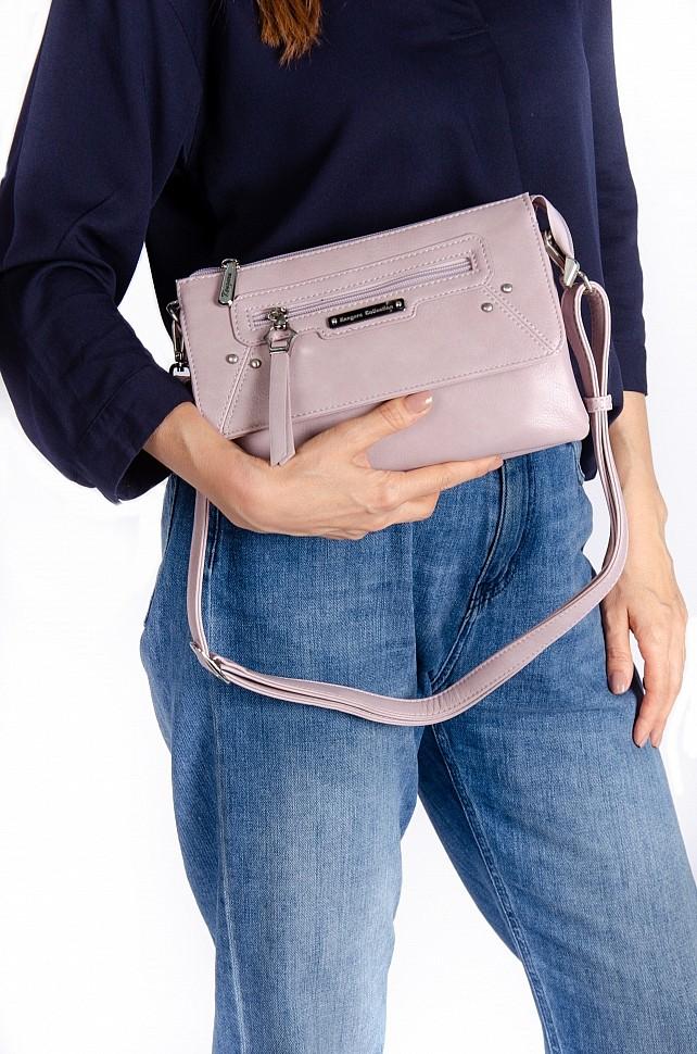 Изображение женской сумки розового цвета